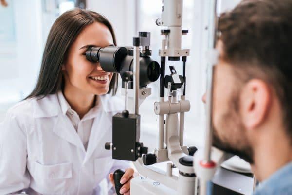 eye exam with eye doctor